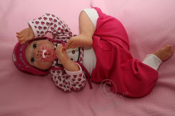 Смотреть как девочки играют в куклы реборн