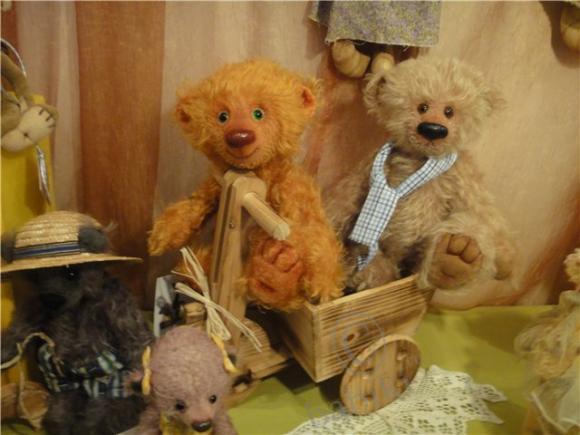 Киевская сказка -  Первый Международный Салон авторской куклы и мишек Тедди