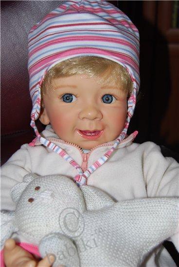 Застенчивая кокетка  - коллекционная кукла от Моники Гердес