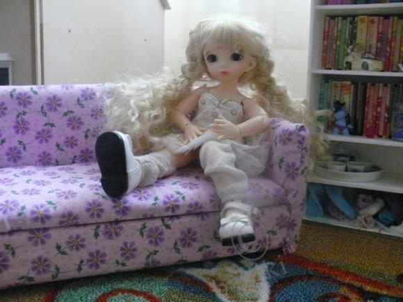 Комнатка для нашей Шурочки, кукольная мебель своими руками