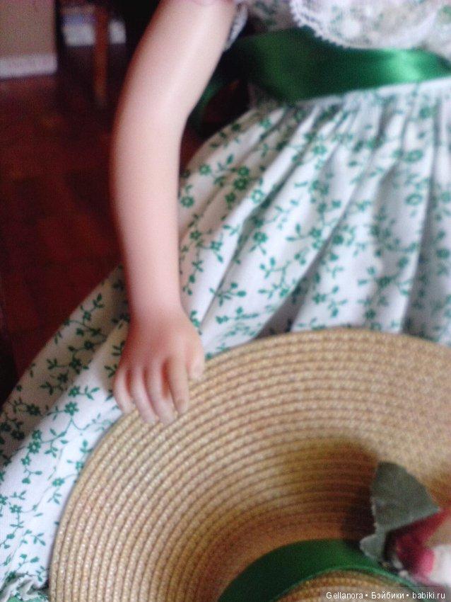 Под юбкой панталоны фото 47036 фотография