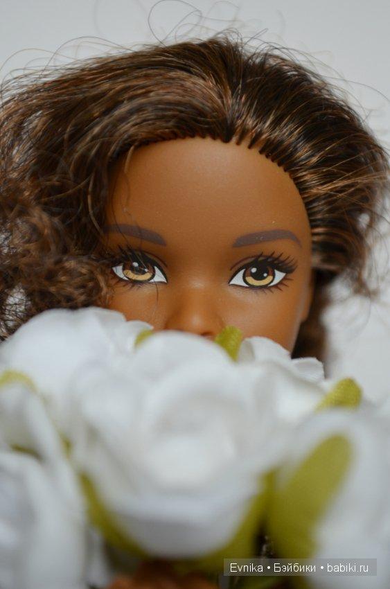 Фото букет цветов и айфон